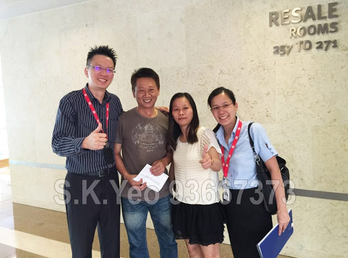 Mr & Mrs Oh ( HDB Property Seller ) with S.K.Yeo and Jacqueline