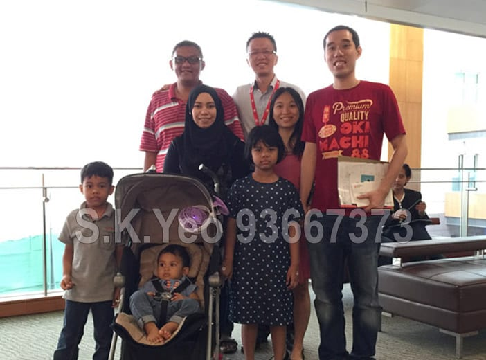 Mr Firuz and family ( HDB Property Sellers ) with S.K.Yeo